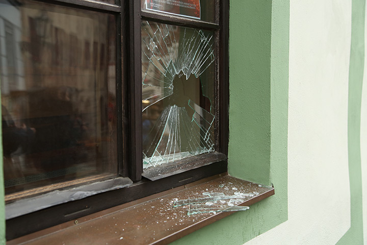 A2B Glass are able to board up broken windows while they are being repaired in Shoreditch.